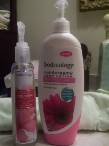 Review: Bodycology Rich & Creamy Body Lotion and Anti-Bacterial Scrubbing Hand Soap