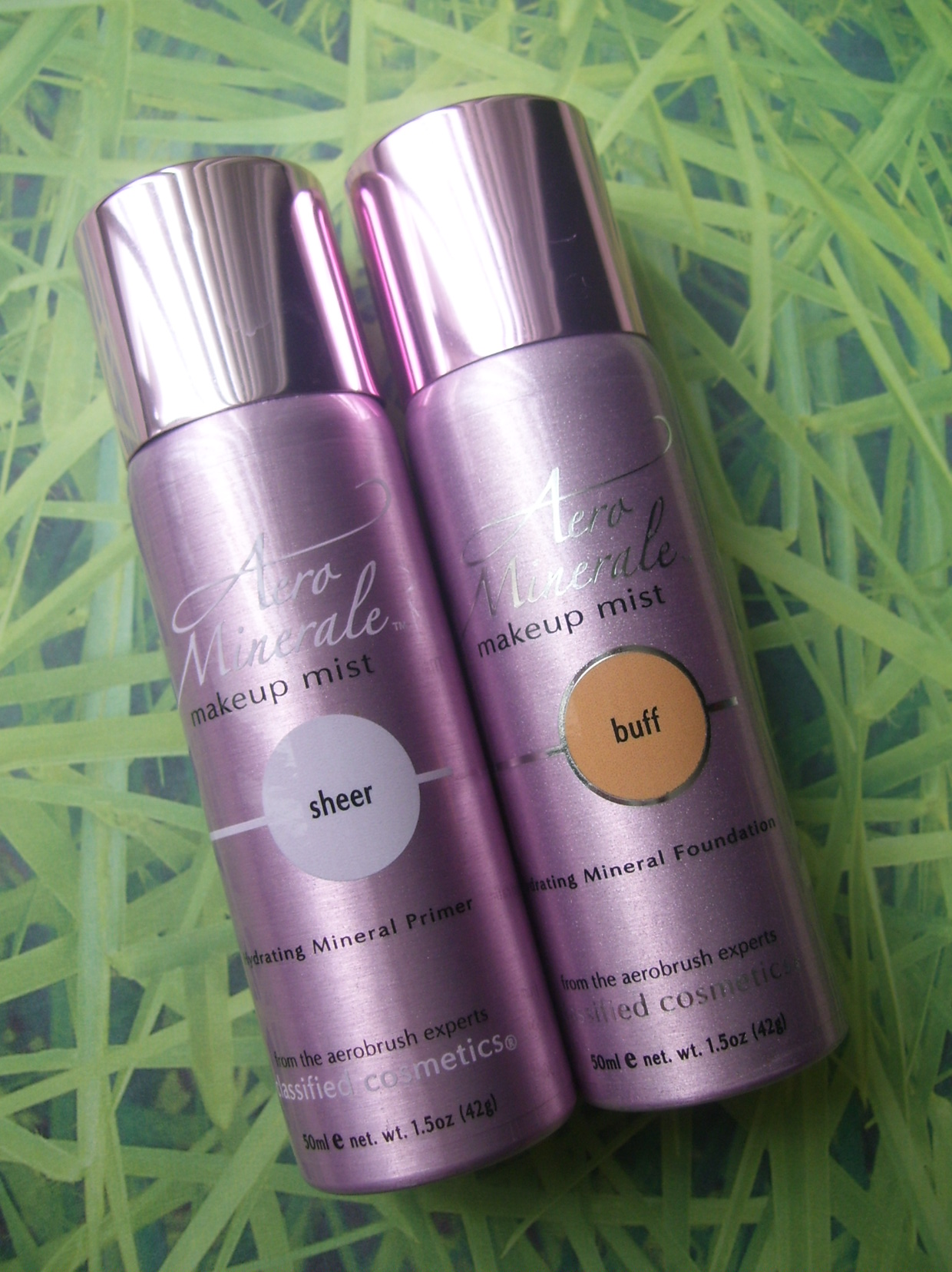 Review:  Aero Minerale Makeup Mist Foundation & Primer